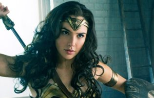 © 2015 Warner Bros. Entertainment Inc. and Ratpac-Dune Entertainment LLC     WONDER WOMAN  Photographer gal gadot