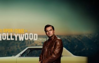 OnceUponATimeInHollywood_Featuring_4320x1080_US_PreOrder